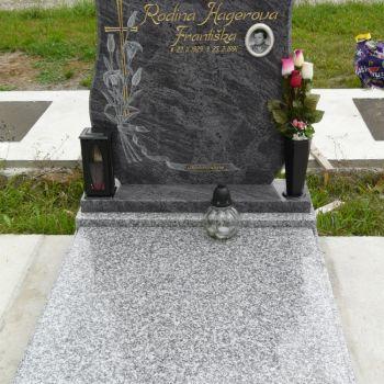 Urnové hroby U-8